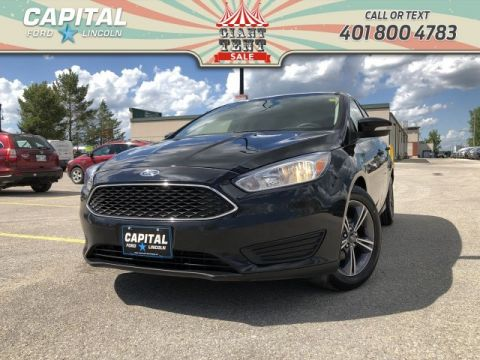 Pre-Owned 2017 Ford Focus SE HB ASK US ABOUT THE 2.9% FINANCING HEATED SEATS